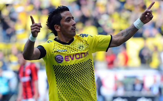 Borussia Dortmund's Lucas Barrios Excited To Make Champions League Bow Against Marseille