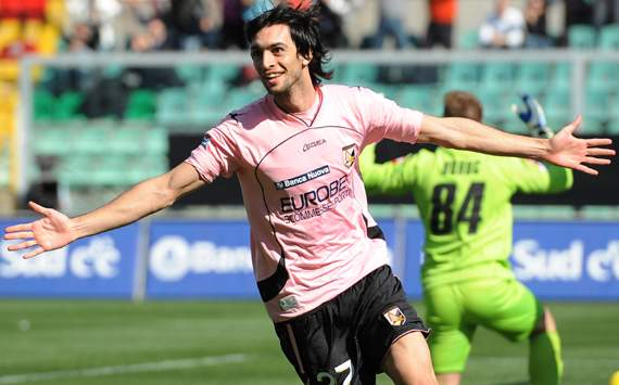 Palermo's Maurizio Zamparini: We have received a €50m offer for Javier Pastore