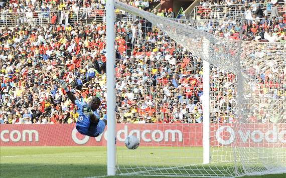 De Sa: Senzo Meyiwa to stay in goal for Orlando Pirates