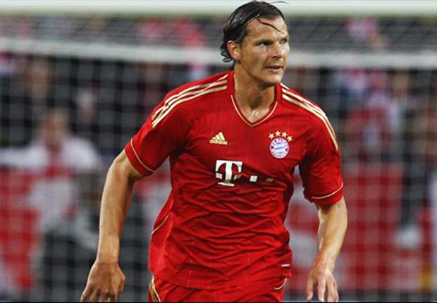 Van Buyten signs one-year extension with Bayern