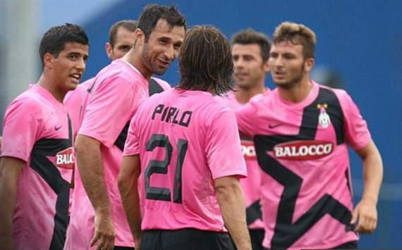 Vucinic & Pirlo - Juventus (Juventus.com)