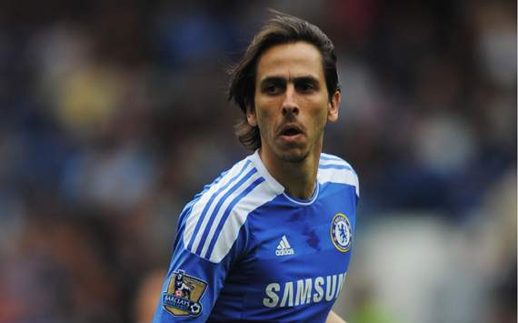 Benayoun looking to impress Di Matteo on Chelsea return