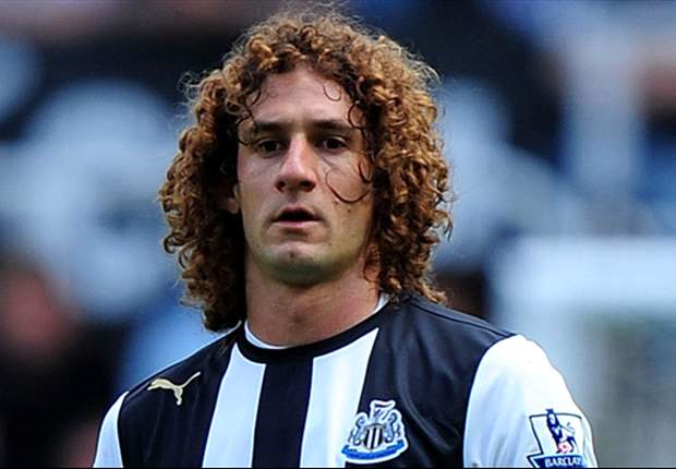Newcastle winger Jonas Gutierrez hopeful of Coloccini return in Tyne & Wear derby