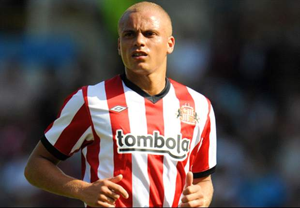 Wes Brown 'one of the best natural English centre-backs'  Sunderland boss Steve Bruce praises debutant after shining against Liverpool