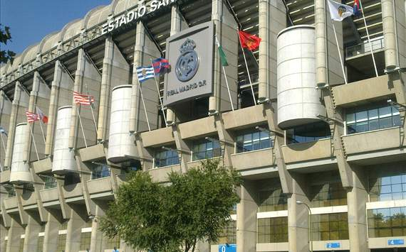 arabic edition: santiago bernabeu , real madrid