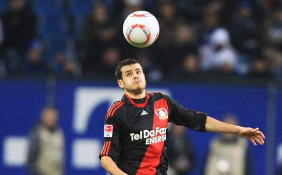 Barnetta released by Leverkusen