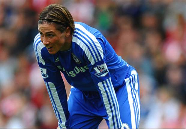 Is Fernando Torres' miss against Manchester United the worst ever?