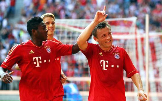 Bayern Munich's Ivica Olic out for eight weeks with hip injury