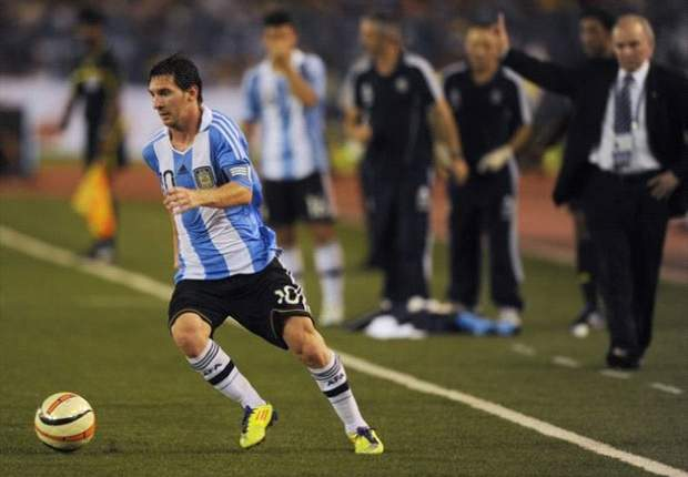 Lionel Messi salutes Argentina performance after 3-1 victory over Nigeria