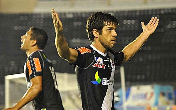Juninho - Vasco x Coritiba (Foto: Raquel Vieira/vasco.com.br)