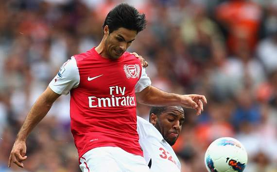 EPL - Arsenal v Swansea City, Mikel Arteta and Kemy Agustien