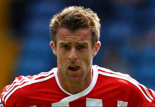 Stoke City midfielder Tonge joins Leeds on loan