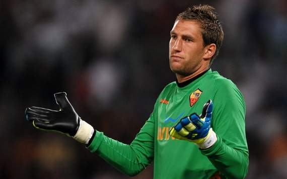 Agen Maarten Stekelenburg Bungkam Soal Rumor AC Milan