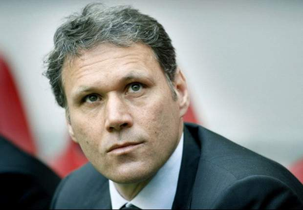 Van Basten coy over Netherlands job