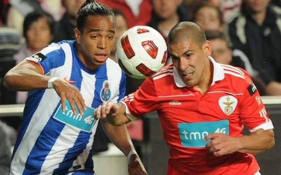 Alvaro Pereira could leave Porto in the summer, says agent