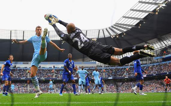 EPL,Edin Dzeko,Manchester City v Everton