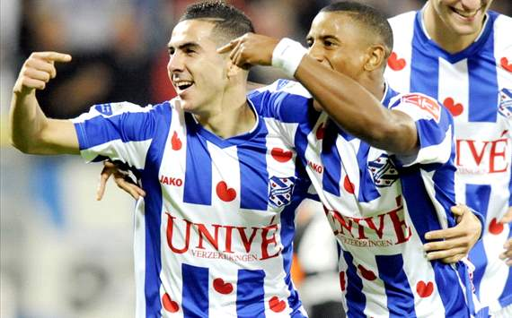 Assaidi celebrating (Heerenveen - Heracles)