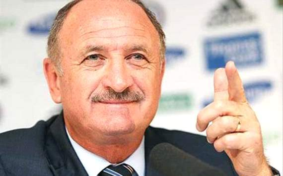 Scolari alerted by Sporting Lisbon vacancy