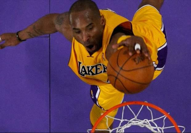 Kobe Bryant, berlatih sejenak dengan skuat Milan selain menjalani perawatan cedera tendon Achilles