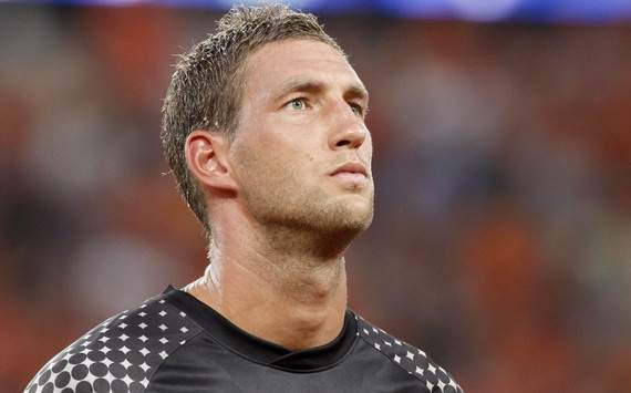 Tottenham are interested in Stekelenburg, claims agent
