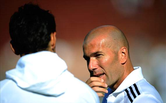 Zidane plays down Varane's omission from France's Euro 2012 list