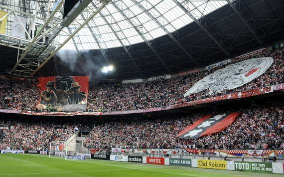 La UEFA multa al Ajax por 'no apoyar el ftbol moderno'