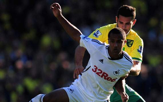 EPL - Norwich City vs Swansea City, Bradley Johnson and Wayne Routledge