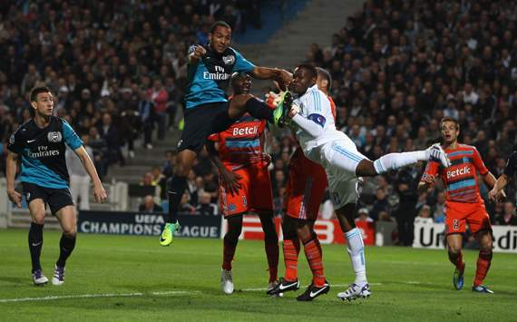 Champions League,Steve Mandanda,Theo Walcott,Olympique de Marseille v Arsenal FC