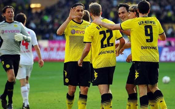 Borussia Dortmund vs. 1. FC Köln;  Neven Subotic, Sven Bender & Robert Lewandowski