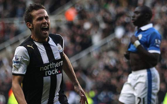 Newcastle manager Pardew laughs off claims that Cabaye is to be sold