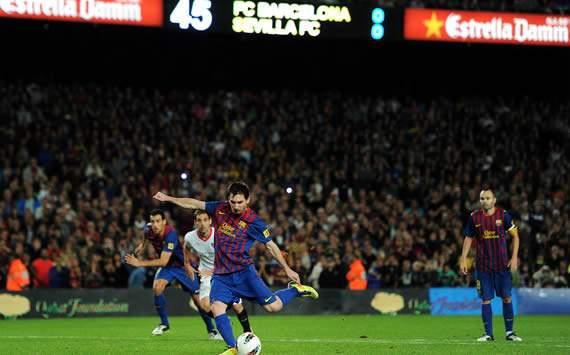 Lionel Messi, Barcelona, Sevilla