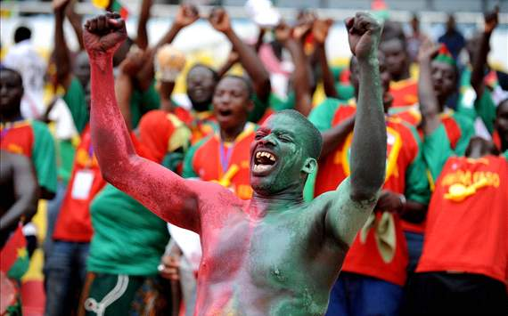 Burkina Faso strike late to snatch point