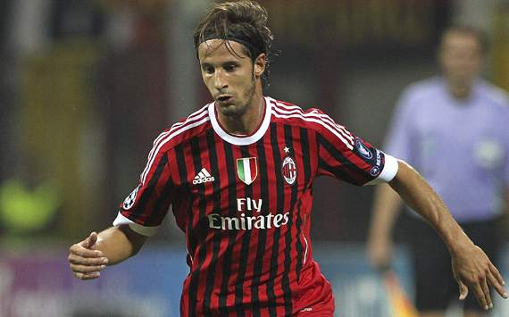 Thiago Silva's departure is a big blow to AC Milan, admits Antonini