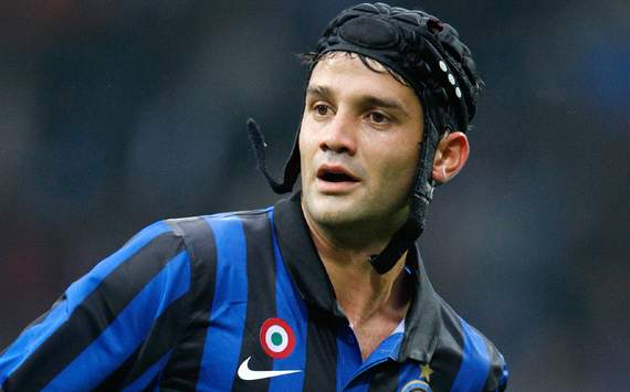 Inter defender Chivu sustains dislocated toe