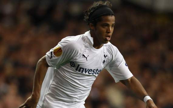 Tottenham's reasons to keep me are unconvincing, says Dos Santos
