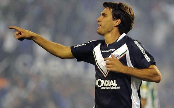 Vélez quiere seguir de racha ante unas Chivas en baja