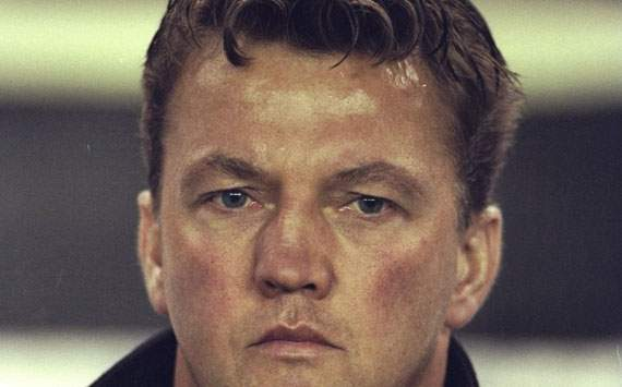 Louis van Gaal's appointment as Ajax CEO prohibited by Dutch court