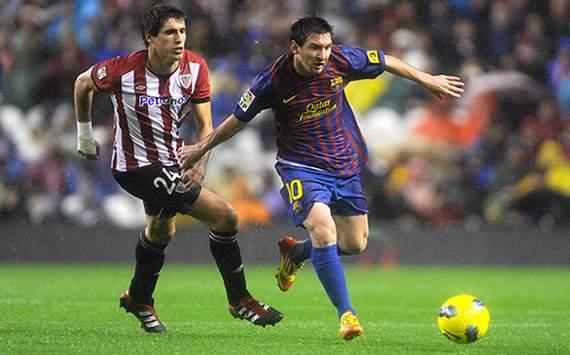 Lionel Messi y Javi Martinez en el Athletic-Barcelona de la Liga BBVA