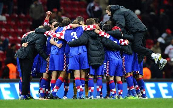 Euro 2012: Croatian players' celebration