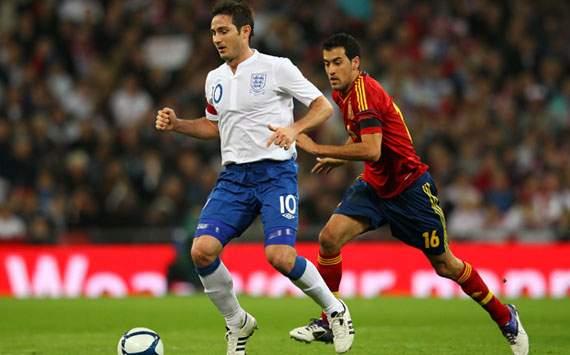 La Roja tropieza ante Inglaterra (1-0)