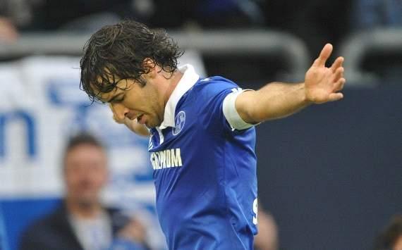 German Bundesliga: FC Schalke 04 - 1. FC Nuernberg, Raul