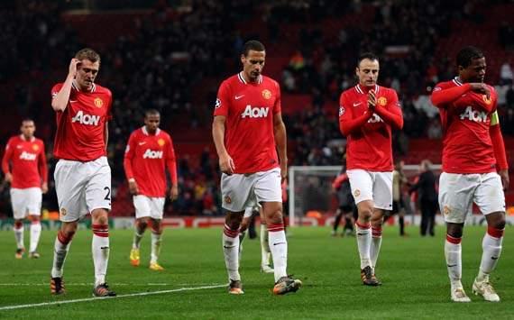 Champions League,Darren Fletcher,Manchester United FC v SL Benfica Rio Ferdinand,Dimitar Berbatov and Patrice Evra,