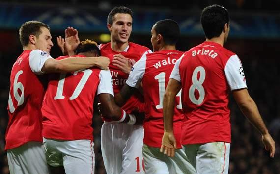 UEFA Champions - Arsenal FC vs Borussia Dortmund,Robin van Persie