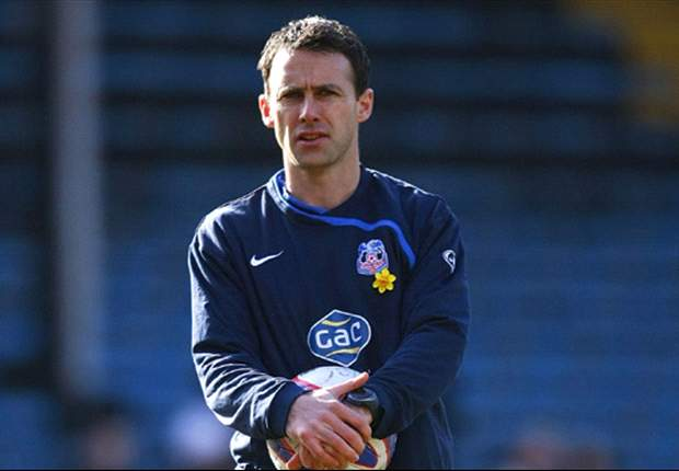 Crystal Palace give Bolton permission to speak to Freedman