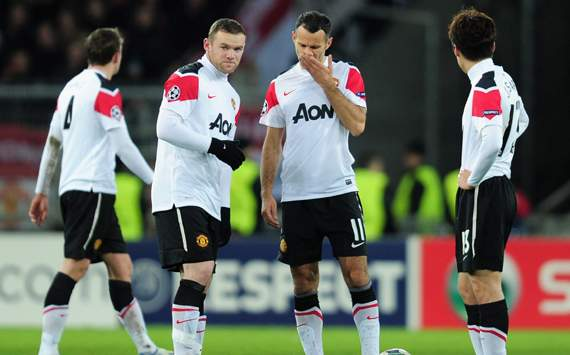 CL,Wayne Rooney and Ryan Giggs,FC Basel 1893 v Manchester United FC