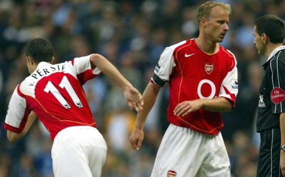 Robin van Persie and Dennis Bergkamp (Arsenal)