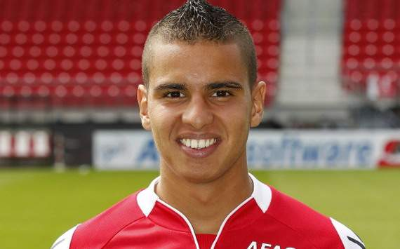 Den 24-år gammal, 174 cm lång Adam Maher in 2017 photo
