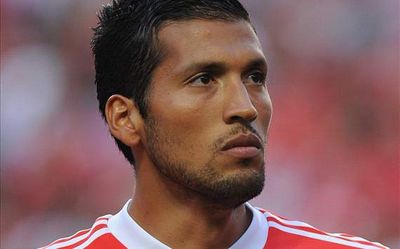 Benfica open to selling Garay in the summer - report