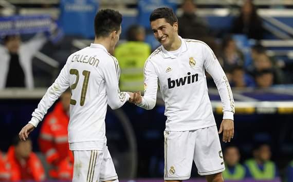 Nuri Sahin y Jose Callejon celebran durante el Real Madrid-Ponferradina, por Copa del Rey