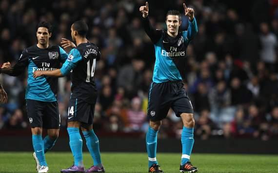 EPL - Aston Villa v Arsenal, Robin Van Persie